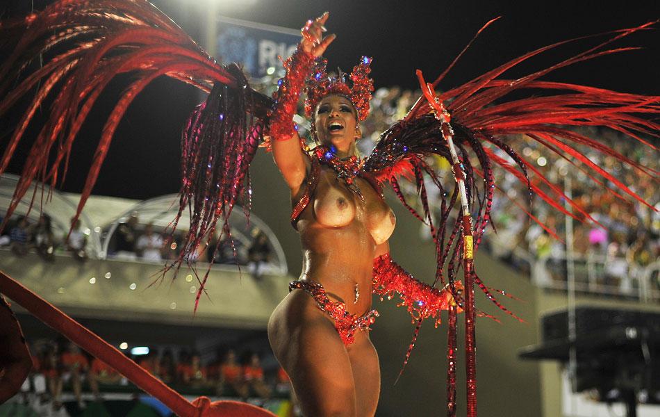 Оргия карнавал в рио-де-жанейро, жаркое лето и жажда секса