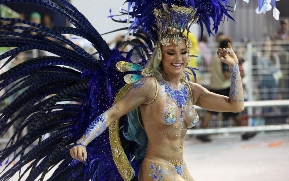 braziliya-golie-zhenshini-karnavala