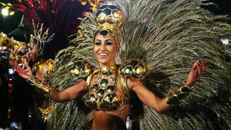 Sabrina Sato during the parade of samba school Gaviões da Fiel, em São Paulo. Note the Golden Football on the top of her head.