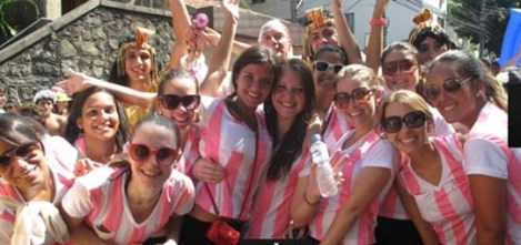 "Girls forming a team of ""Maria Chuteiras"" in the bloco Suvaco do Cristo from the south of Rio"