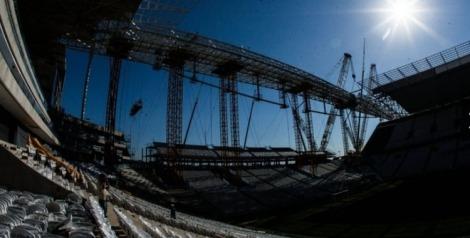 140402-Stadium Itaquerão in São Paulo17 750x380 72dpi
