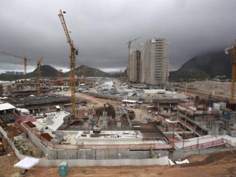140406-Obras da Vila Olímpica no Rio - foto Custodio Coimbra-O Globo W540 100dpi