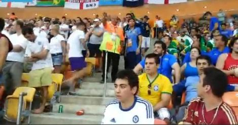 140608-torcedores-ingleses-quebraram-corrimao-na-arena-amazonia W540 100dpi